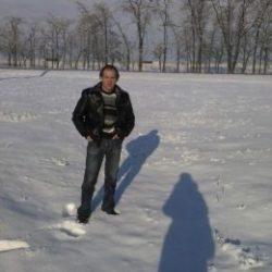 Я русский парень. Ищу девушку для свободных отношений в Курске